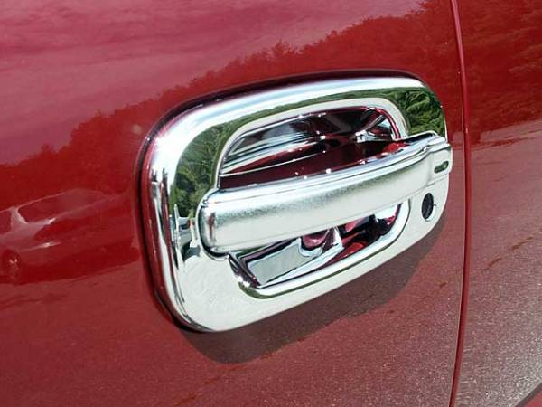 QAA - Chevrolet Silverado 1999-2006, 4-door, Pickup Truck (8 piece Chrome Plated ABS plastic Door Handle Cover Kit Does NOT include passenger key access ) DH40198 QAA