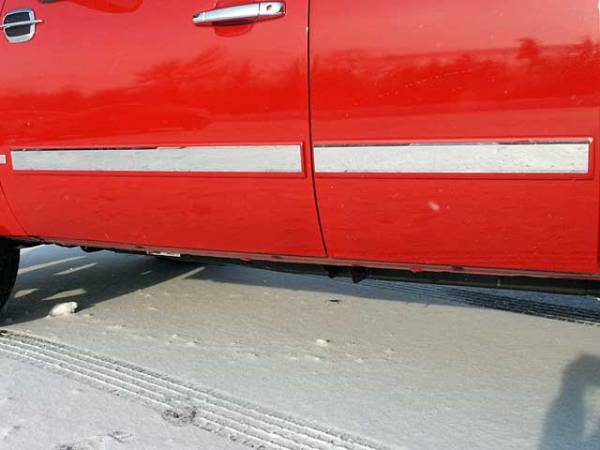 "QAA - Chevrolet Silverado 2007-2008, 4-door, Pickup Truck, Crew Cab (4 piece Stainless Steel Rocker Panel Trim, Insert Kit 2.75"" Width Side Molding.) TH47184 QAA"