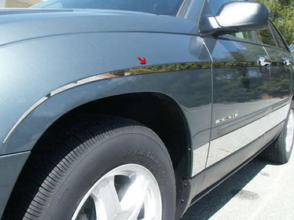 QAA - Chrysler Pacifica 2004-2008, 4-door, SUV (12 piece Stainless Steel Rocker Panel Trim, Insert Kit Side Molding.) TH44752 QAA