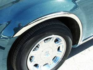 QAA - Dodge Magnum 2005-2008, 4-door, Wagon (4 piece Molded Stainless Steel Wheel Well Fender Trim Molding Clip on or screw in installation, Lock Tab and screws, hardware included.) WZ45920 QAA - Image 1